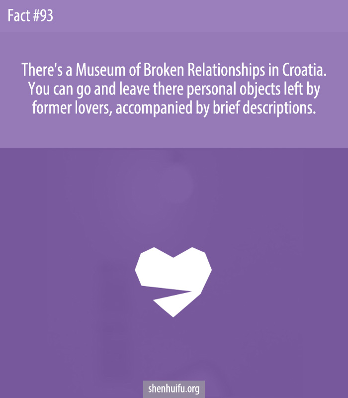 You can go and leave there personal objects left by former lovers, accompanied by brief descriptions.